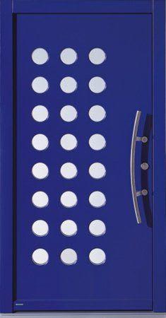 62 Haustür blau mit vielen Kreisen