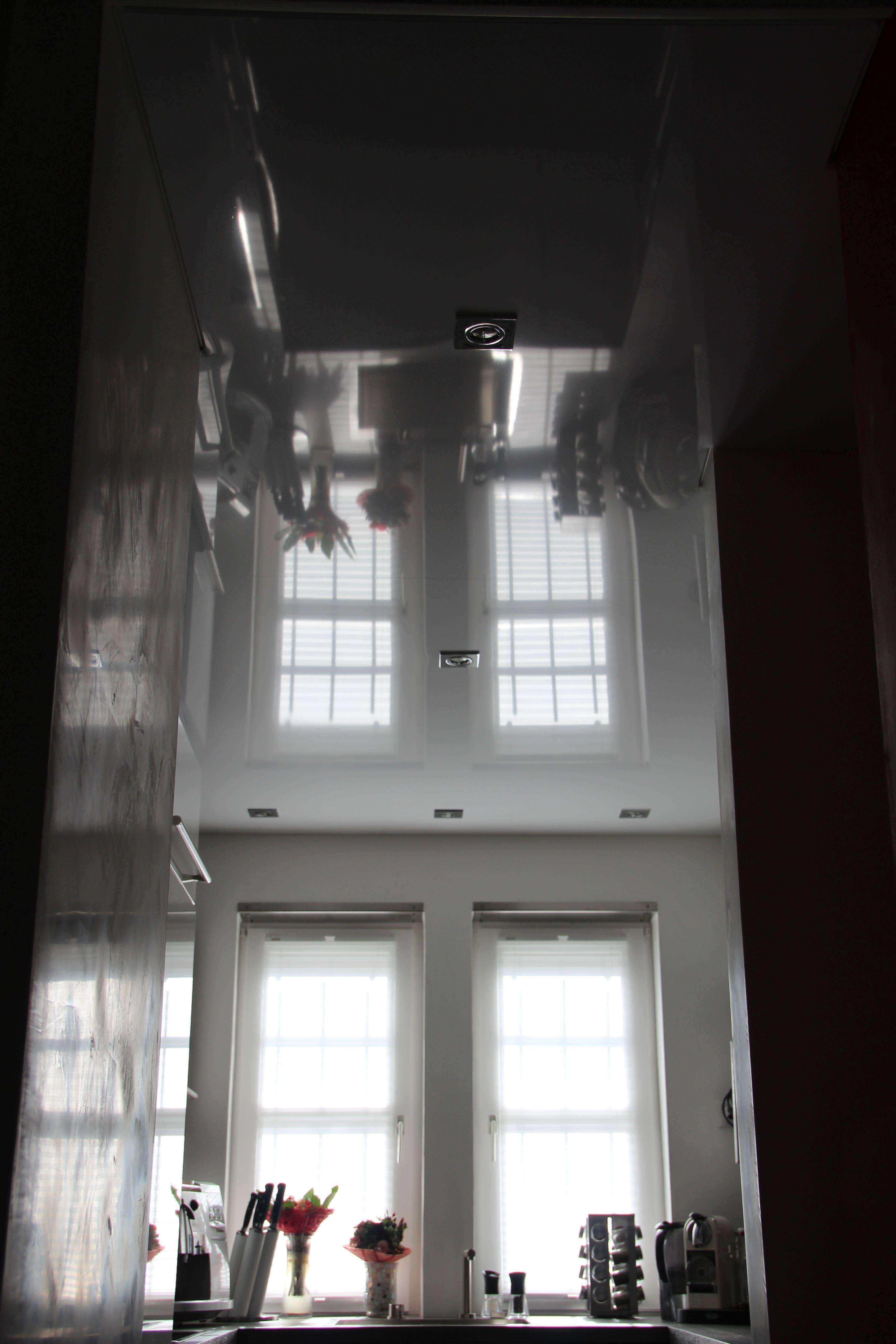 Spanndecke hochglanz Küche gespiegelt