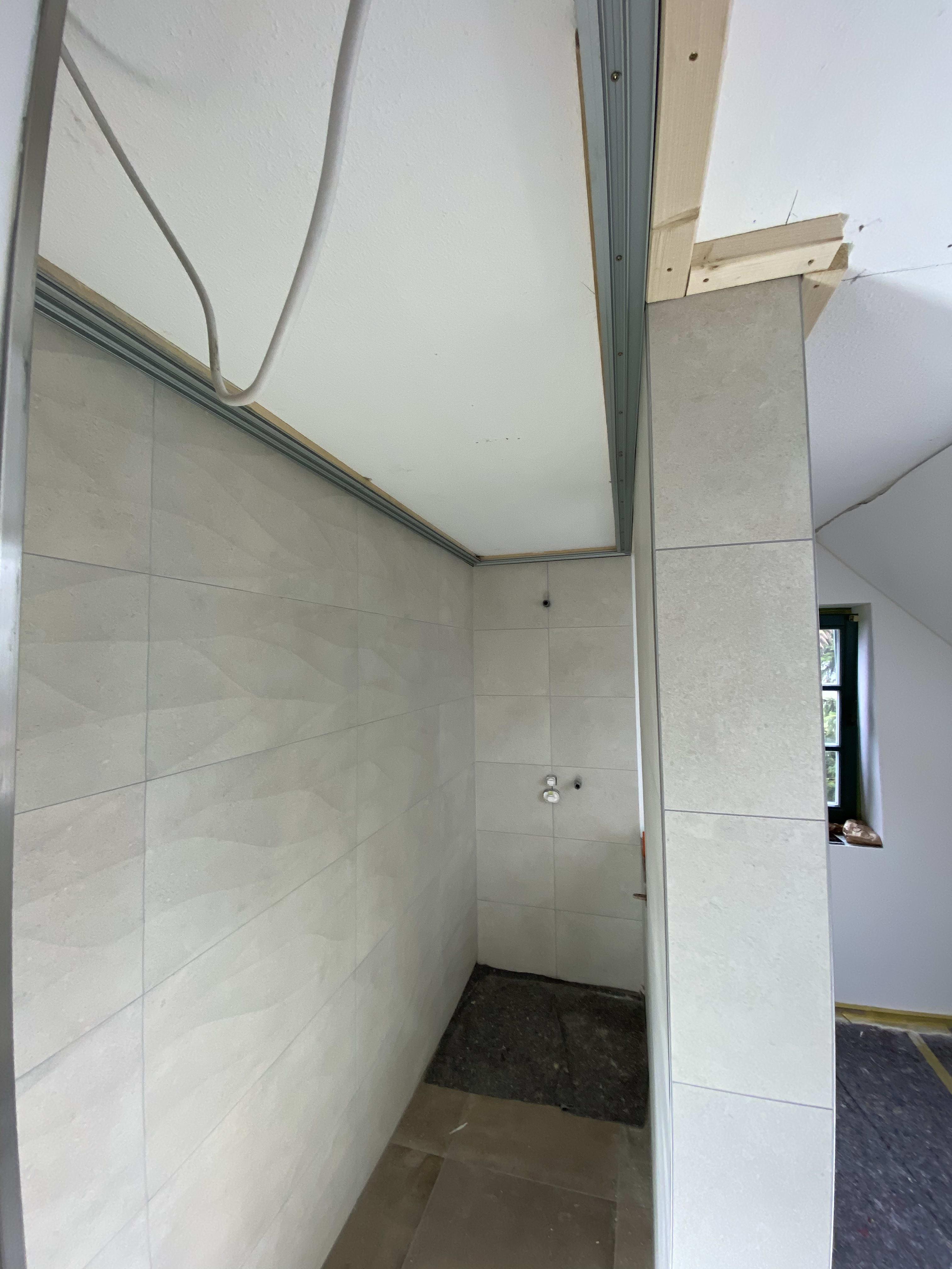 Lichtdecke in der Dusche