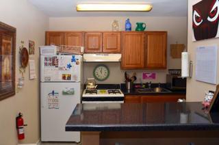 CBU Avery Apartments Kitchen