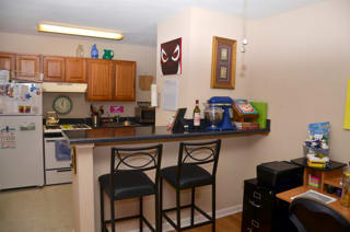 CBU Avery Apartments Kitchen with Bar