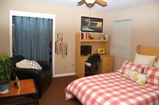 CBU Avery Apartments Bedroom