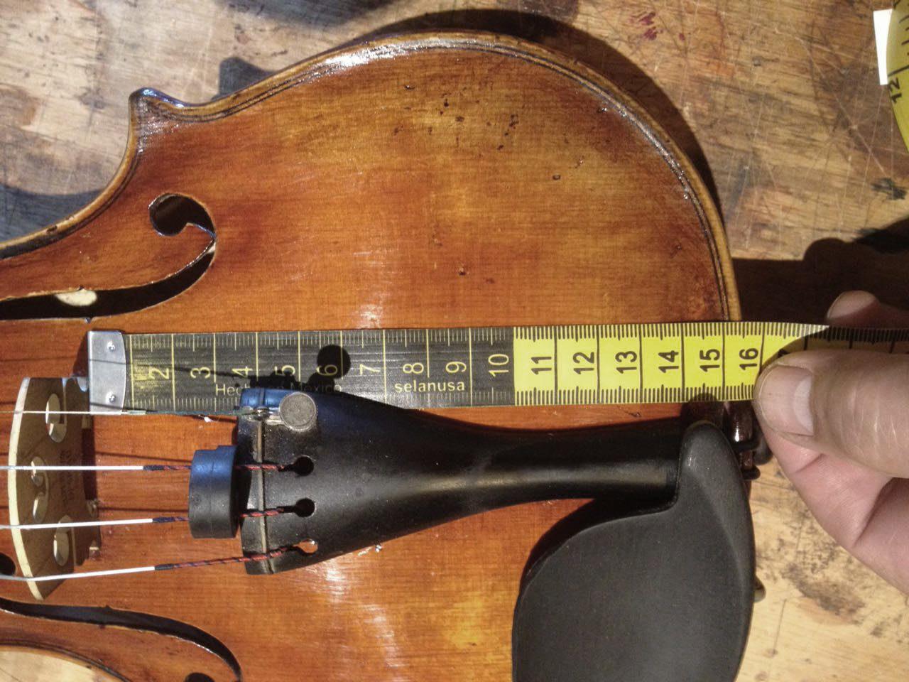 violín barroco con cuña