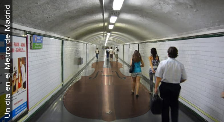 Tocando el violín en el Metro de Madrid