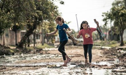 Belleza en la basura: la Orquesta de Instrumentos Reciclados de Cateura actuará en España