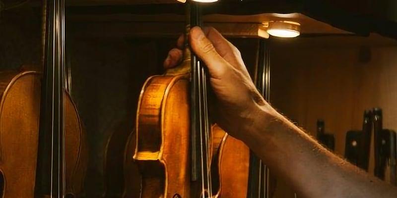 Curso de barnizado de un violín