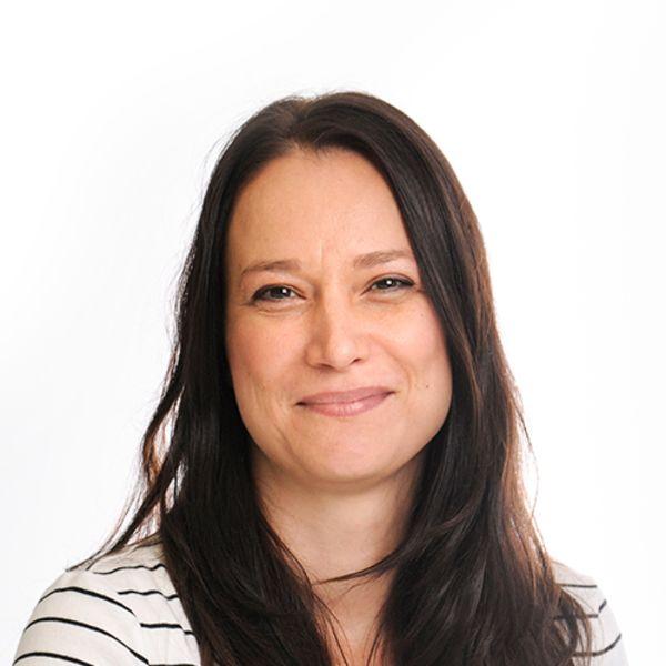 Dr Katharina Bense