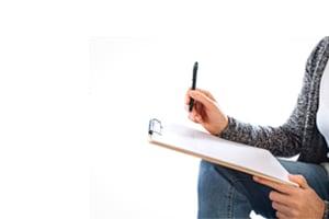 behavioral therapist taking notes