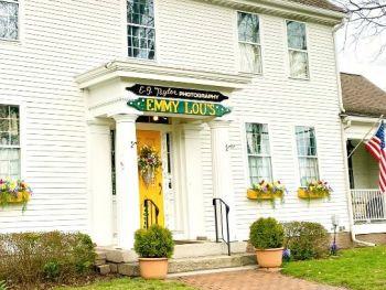 Emmy Lou's Ltd