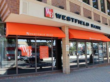Westfield Bank, East Main Street, Westfield, MA, USA