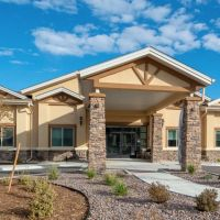 pine-grove-crossing-assisted-living-60396