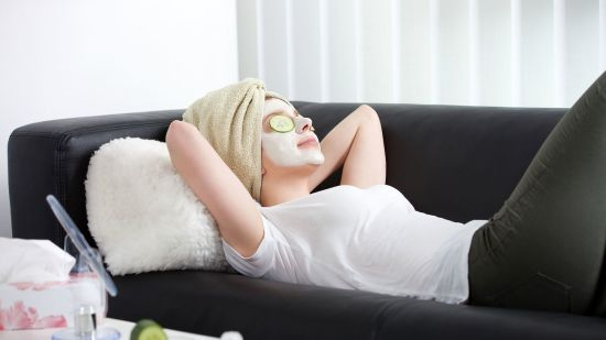 How to Give Yourself a Facial at Home