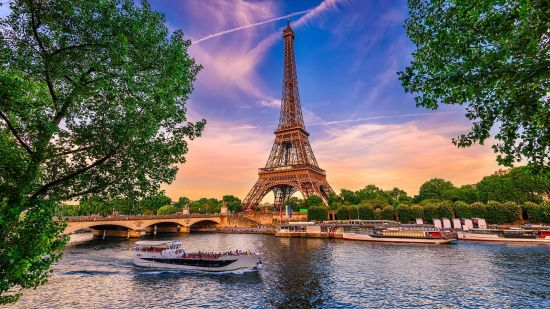 3 Movies That Transport You to Paris