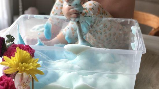 Bubble Foam: DIY Simple Summer Fun