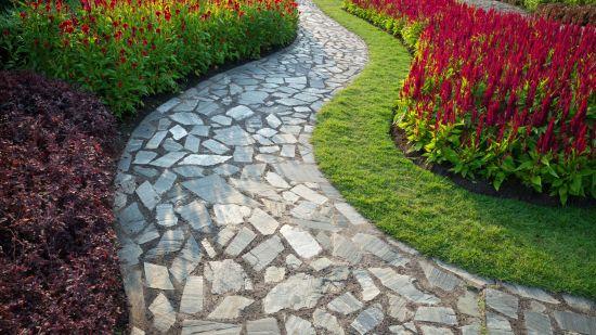 3 DIY Walkways for Your Yard