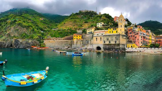 Travel to Italy Vicariously with Stories
