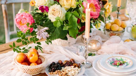 3 Stunning Summer Table Settings