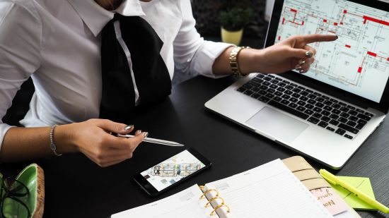Real Estate Investment Analyst Salary