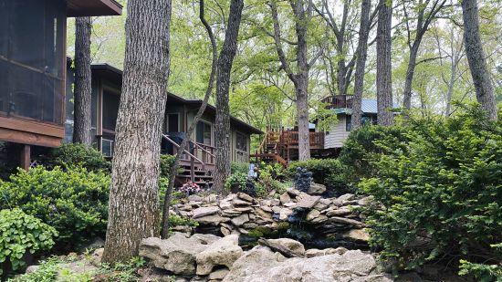 Unwind at Hidden Valley Retreat