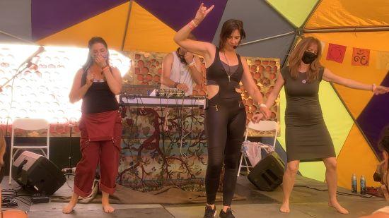 Dancing at Yogafort