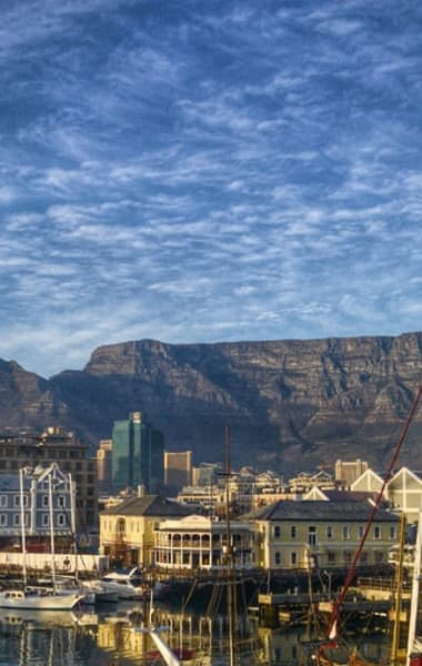 A Solo Traveler's Guide to Cape Town – Things to do Alone