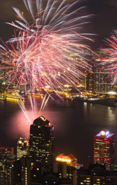 5  Reasons To Visit Hong Kong