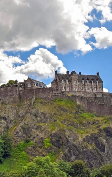 One Day In Edinburgh - The Ultimate 24 Hour Itinerary