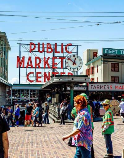 Walking tours in Seattle