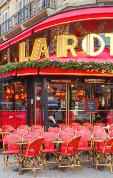 Best Places To Eat & Drink Like A Local In Paris