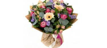 Bouquet En Flores Naturales A Domicilio Por 64 000 Flores Y Artes