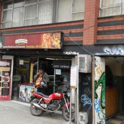 Los tres Hornitos Punto Rojo en Bogotá