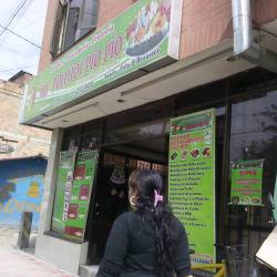 Asadero, Frutería, Pescadería Mis Pollitos Pio Pio en Bogotá