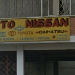 Auto Nissan en Bogotá