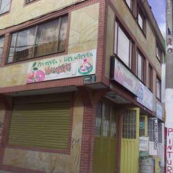 Frutería y Heladería Valery en Bogotá