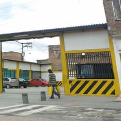Parqueadero Calle 43 con 78L en Bogotá