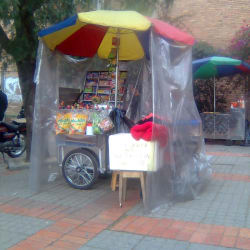 Carrito de Dulces Universidad Distrital Facultad Tecnológica en Bogotá