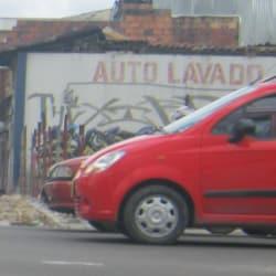 Auto Lavado Calle 1 con Carrera 24B en Bogotá