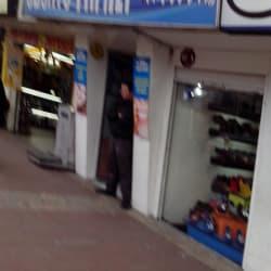 Odontofamily Transversal 94A con Calle 80A en Bogotá