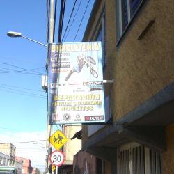 Bicicletería Calle 132 con Carrera 98B en Bogotá