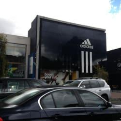 Adidas Calle 122 en Bogotá