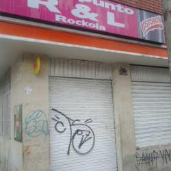 En El Punto R&L Rockola en Bogotá