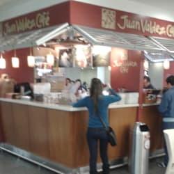 Juan Valdez Café Outlet Américas en Bogotá