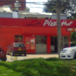 Pizza Hut Sucursal Modelia en Bogotá