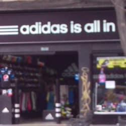 Adidas Carrera 24 en Bogotá