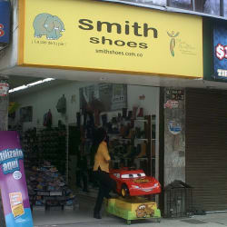 Smith Shoes Venecia en Bogotá