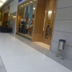 Perry Ellis Gran Estación en Bogotá