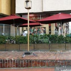 Juan Valdez Café Carrera 7 con 53 en Bogotá