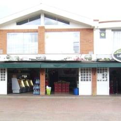 Fruver La Colina Express en Bogotá