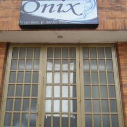 Onix Peluquería Carrera 70B en Bogotá