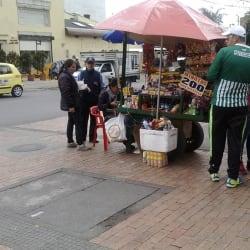 Carrito de dulces Autopista Norte con 95 en Bogotá